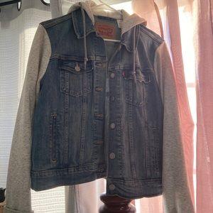Women's Levi's hooded jacket